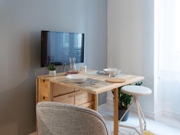 Table modulable repas pour studio en location à Lyon