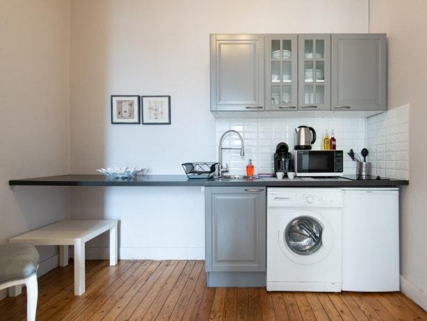 cuisiné toute équipée - appartement LE VIENNE - LE Nid Lyonnais -location saisonnière - professionnel